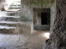 Вид пещеры в Крыму изнутри